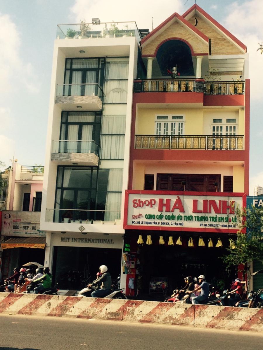 Nhà Chị Linh - quận Tân Phú, Tp.HCM