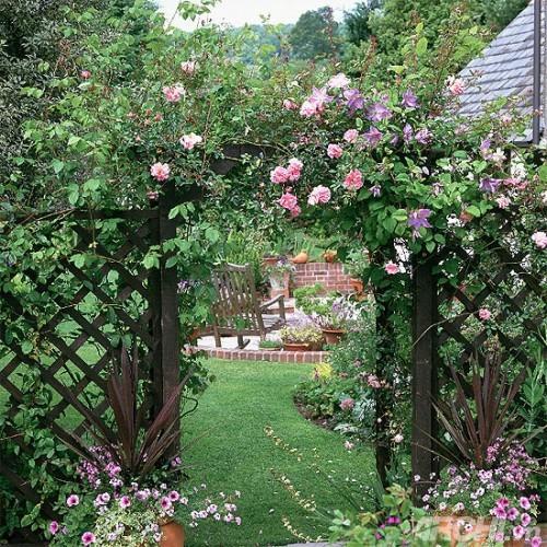 Thiết kế cổng nhà vườn