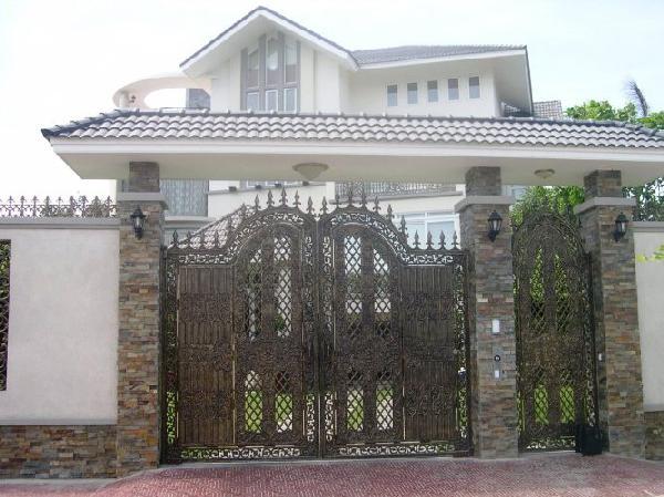 Thiết kế cổng biệt thự